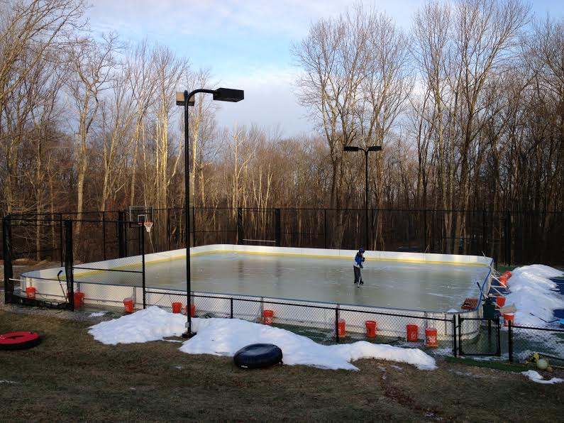 Backyard Ice Rink Kit : Photo Gallery  D1 Winter Rink