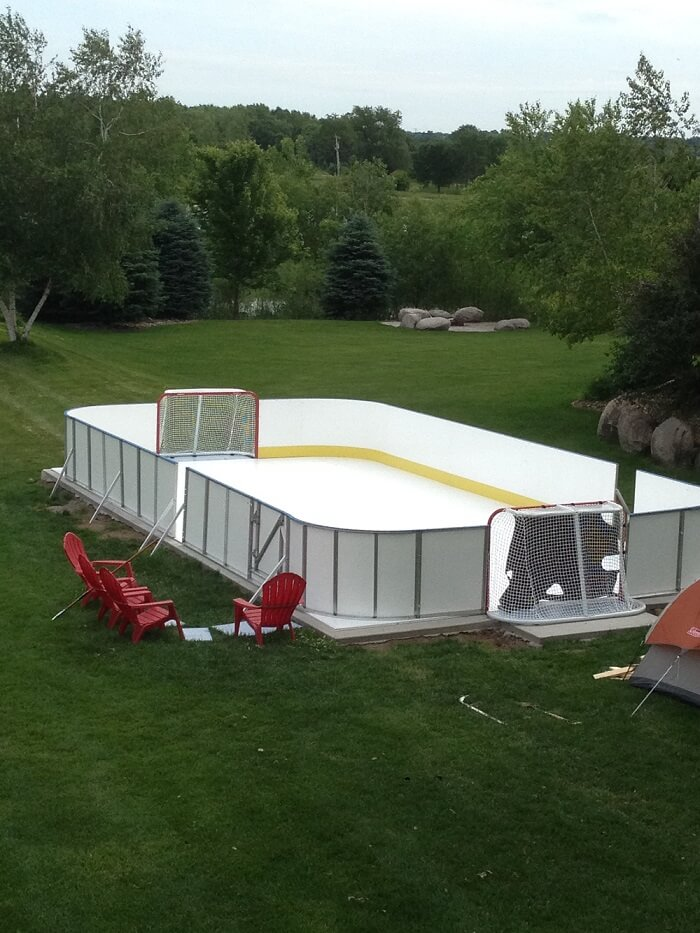 Backyard Rink Boards : 20x 40Backyard Rink with Tall (42?) Boards, set of 4 Corners