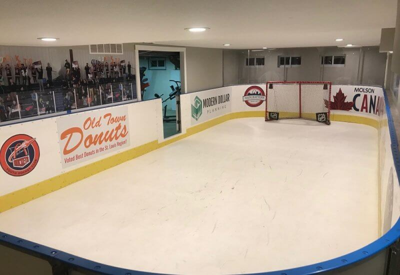 basement-hockey-ice-rink