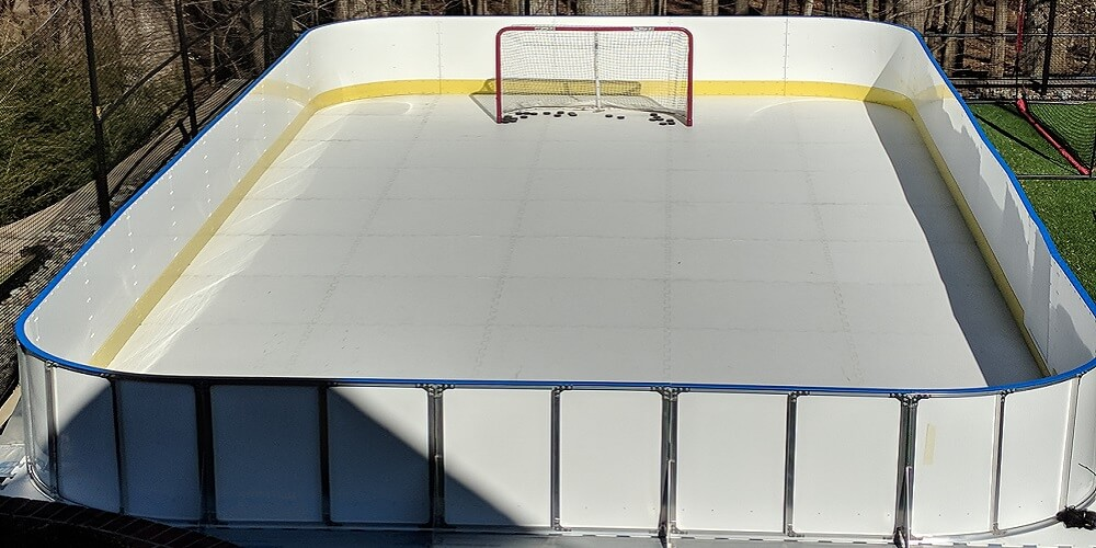 backyard-synthetic-ice-rink